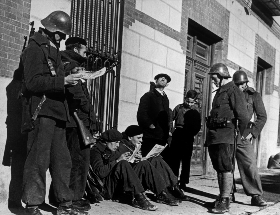 SPAIN. Spanish Civil War (1936-9).  Madrid. November/December, 1936. German members of the International Brigade.   The Spanish Civil War broke out in 1936, when part of the Spanish army rebelled against the Second Republic, a democratic government elected in 1931. It gained international dimensions when Fascist Germany and Italy began supporting the military uprising, led by General Franco, with weapons and soldiers. The USSR helped the Republic, and a significant contingent of volunteers joined the International Brigades and fought for the Republic. The conflict became the symbol of a larger conflict between Fascists and Communists. The war ended in 1939 with Franco's victory over the Republicans.