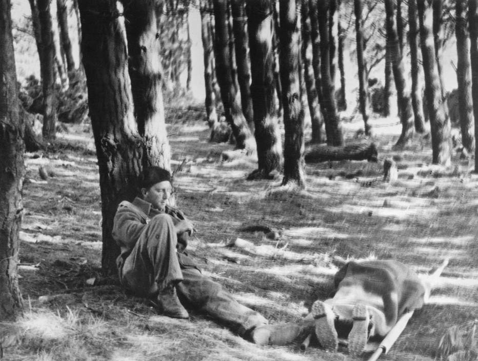 SPAIN. Spanish Civil War (1936/9) ICP 226. Bilbao front. Basque region. May, 1937. Loyalist soldier during the battle of Mount Solluve. Pays Basque. Bilbao. Mai 1937. Soldats républicains pendant la bataille du mont Solluve.  The Spanish Civil War broke out in 1936, when part of the Spanish army rebelled against the Second Republic, a democratic government elected in 1931. It gained international dimensions when Fascist Germany and Italy began supporting the military uprising, led by General Franco, with weapons and soldiers. The USSR helped the Republic, and a significant contingent of volunteers joined the International Brigades and fought for the Republic. The conflict became the symbol of a larger conflict between Fascists and Communists. The war ended in 1939 with Franco's victory over the Republicans.
