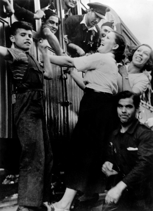 SPAIN. The Spanish civil war. The Republican side.Catalonia. Barcelona. August, 1936. Saying farewell before the departure of a troop train to the front.
