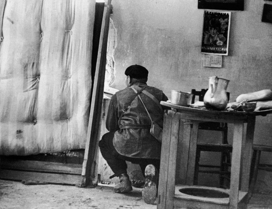 SPAIN. Spanish Civil War (1936-9).  Madrid. November/December, 1936. Members of the International Brigades, engaged in a house to house fight around the slaughterhouse, near the university campus, in the western outskirts of the capital. The Fascist rebels were mounting a major offense in order to capture Madrid.    The Spanish Civil War broke out in 1936, when part of the Spanish army rebelled against the Second Republic, a democratic government elected in 1931. It gained international dimensions when Fascist Germany and Italy began supporting the military uprising, led by General Franco, with weapons and soldiers. The USSR helped the Republic, and a significant contingent of volunteers joined the International Brigades and fought for the Republic. The conflict became the symbol of a larger conflict between Fascists and Communists. The war ended in 1939 with Franco's victory over the Republicans.